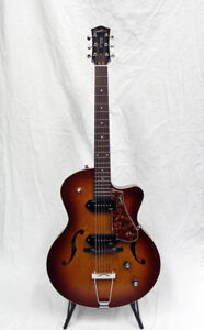 Godin 5th Ave Kingpin II - Cognac Burst