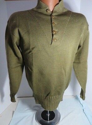 WW2 US Army Sweater Nice shape tag is missing  See pictures