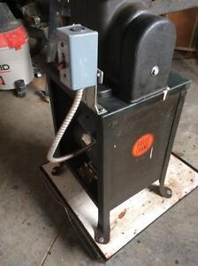 """24"""" Industrial Scroll Saw with six new blades Belleville Belleville Area image 2"""