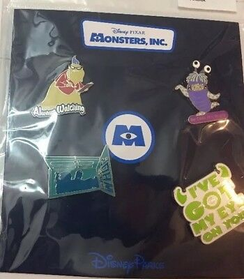 Disney Pin - Monsters Inc  - Roz - Always Watching Christmas