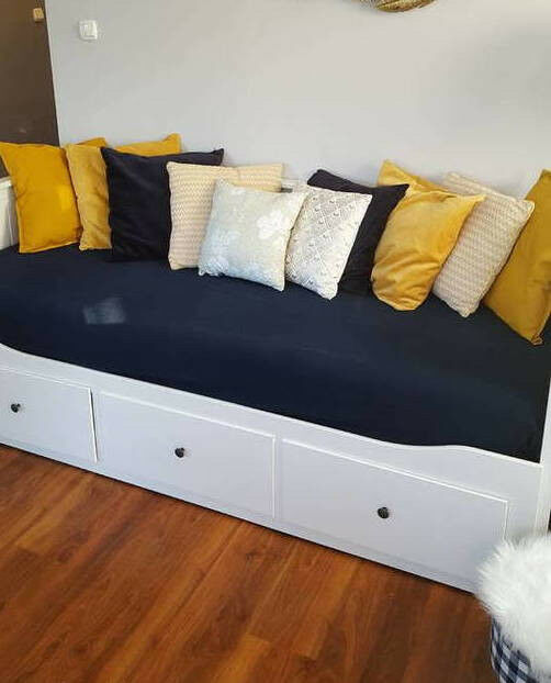 White Ikea Hemnes Day Bed With 2 Mattresses Included In