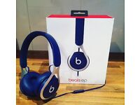Beats by Dre Ep in blue