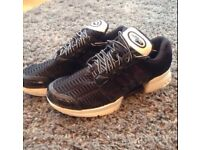 climacool size 9 like new