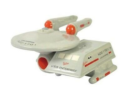 STAR TREK Enterprise Space Shuttle Salt and Pepper Set
