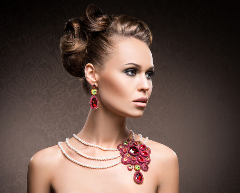 What to Look for When Buying a Vintage Ruby Necklace