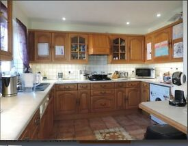 3 bedrooms available suit family or parent with children. Plenty space and privacy in detached home.