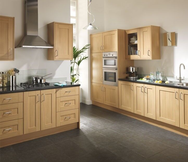 Complete 7 Piece Kitchen Unit Arrangements In English Oak