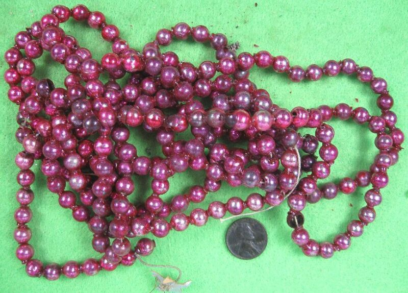 "95 Inches of Vintage Red Mercury Glass Beads Garland 1/4"" Across"