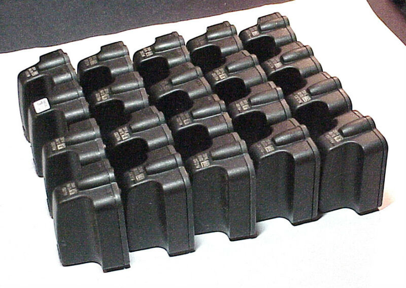 20 EMPTY HP 02 CARTRIDGES - BLACK COLOR ONLY -EMPTY & NEVER REFILLED