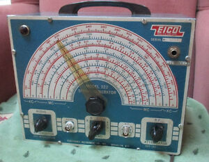 Eico Signal generator Model 322. Price reduced again. West Island Greater Montréal image 1