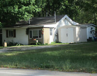 2-Bedrm Bungalow in Alcona, steps from Lake Simcoe Innisfil Beac