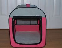 Soft-sided, collapsible pet carrier