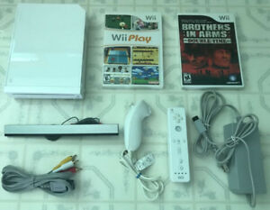 White Wii system_With 2 Games