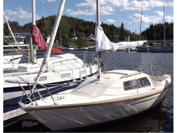 Used 1979 Other 565 Sandpiper Sailboat