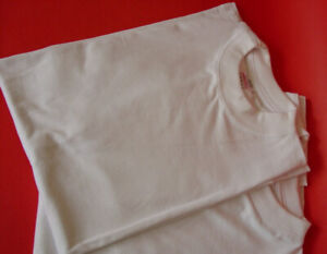 Plain white T-shirts 100% Colombian Cotton.
