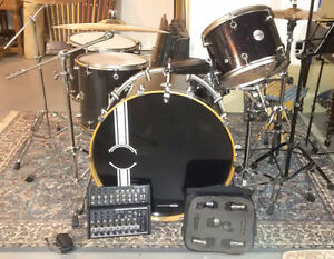 5-piece DDRUM kit + extra snare and accessories