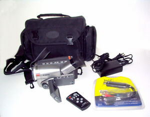 Video transfer Canon ES8200V 8mm / Hi8 Camcorder