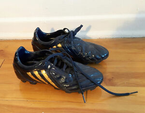 Adidas Soccer boots shoes / chaussures