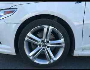 18 x 8.5 AUTHENTIC R LINE MAGS ON TIRES West Island Greater Montréal image 1
