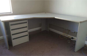 Corner computer desk Madeley Wanneroo Area Preview