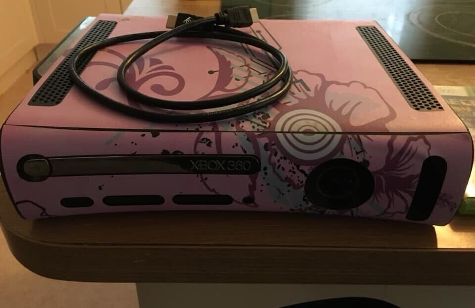 XBOX 360 with HDMI & Power Lead with game | in Wickham, Hampshire | Gumtree