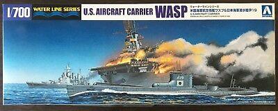 Uss Wasp Aircraft Carrier (1/700 USS WASP 1942 aircraft carrier & IJN submarine I-19 ~~ Aoshima 010303 )