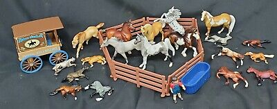 19 Breyer reeves horses stablemates Wagon Fencing Boy