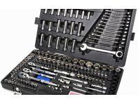 Halfords 200 piece socket set n ratchet spanners