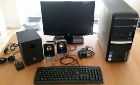 Packard Bell Tower PC, Monitor, Accessories