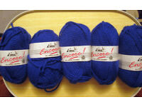 VINTAGE EMU 100% CHUNKY WOOL ROYAL BLUE