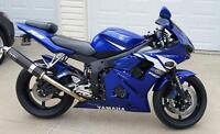 IMMACULATE 2003 Yamaha YZF R6 - LOW KMS-