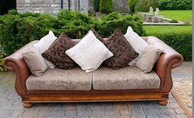 Stunning Klaussner sofa, can deliver locally.