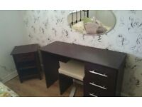 Dressing Table with 4 Draws and Stool - Great Condition.