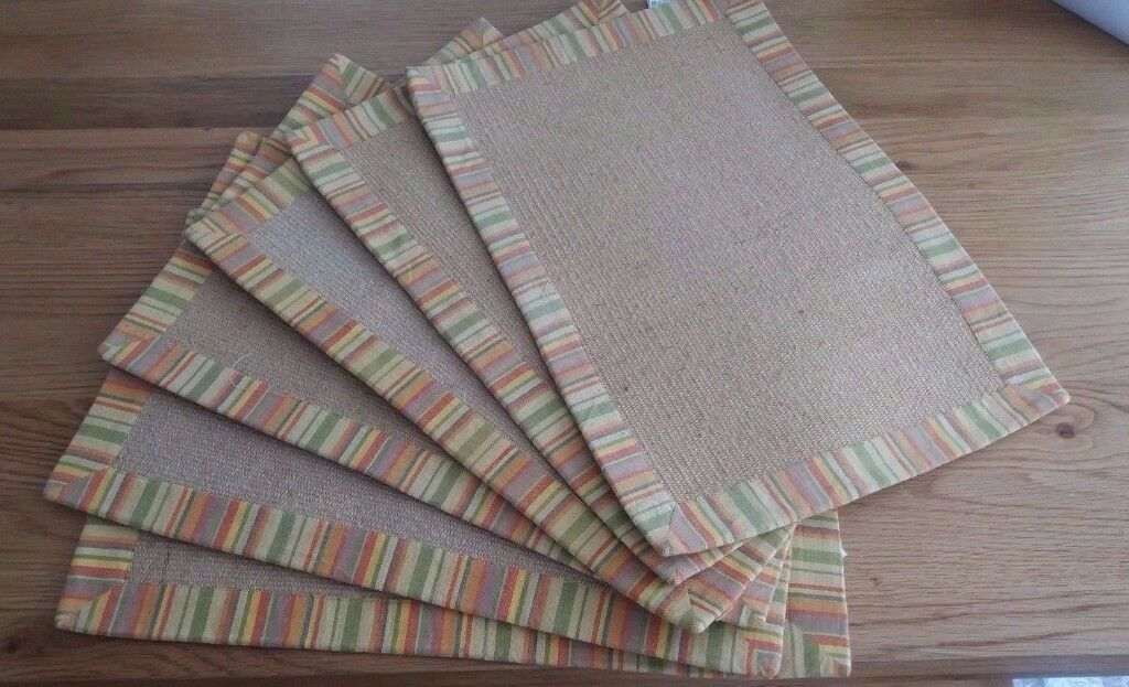 SET OF 6 HESSIAN TABLE MATS WITH STRIPED TRIM