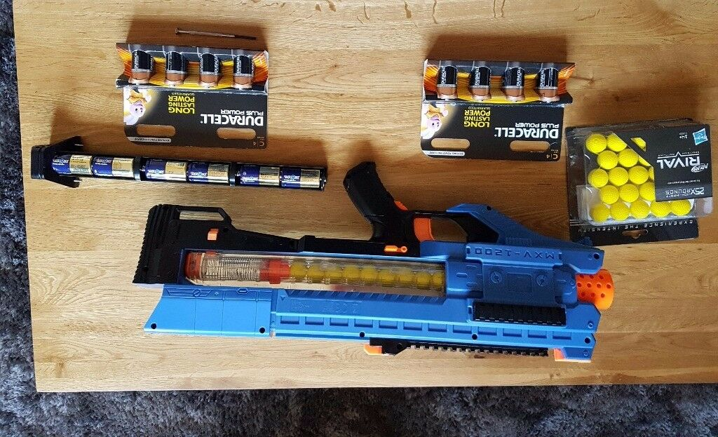 Rival Nerf gun, MXV 1200 included with extras!