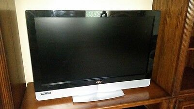 37-Inch Vizio VX37L 720p HDTV Widescreen LCD TV (Black/Gray) - USED