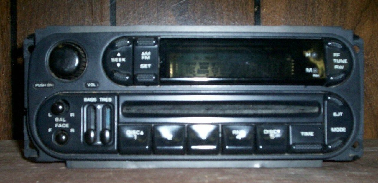 2004 Dodge Caravan Radio CD Player Part No. P 0509195AA