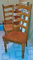 4 belles chaises en bois *prix réduit