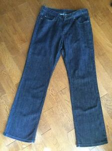 Ladies Calvin Klein Jeans 12 x 30 Like New