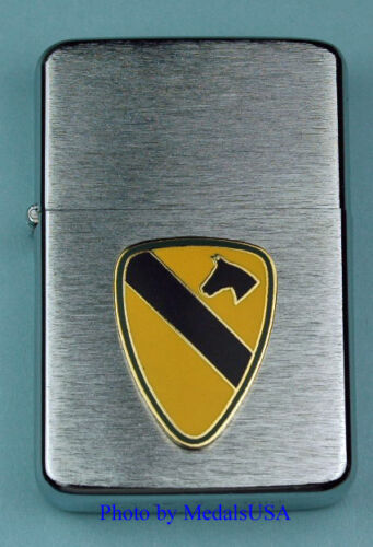 1st CAVALRY DIVISION WIND PROOF PREMIUM LIGHTER IN A GIFT BOX  ARMY   SBC015