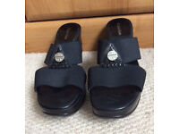 Calvin Klein ladies retro shoes size 5