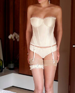 Panache-4547-Lace-Hestia-Basque-in-Ivory-from-the-Masquerade-range