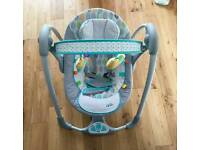 Bright start Taggies Leafy baby swing