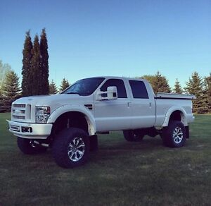 2008 Ford F-250 lifted, one of a kind!