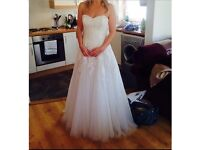 Wedding dress for sale(free vale + shoes)