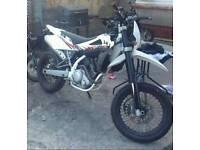 Husqvarna sms4 125 (180) swap for bigger bike