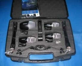 Shure PGDMK6 Drum Mic Kit with Brackets and Carrying Case