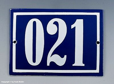 EMAILLE, EMAIL-HAUSNUMMER 021 in BLAU/WEISS um 1960