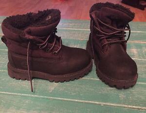 Black timberland boots. Hot wheels shoes sz 8 London Ontario image 2