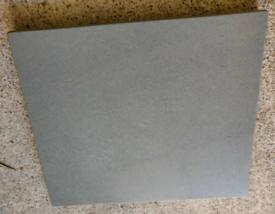 Grey granite piece 40x35cm with soft feet